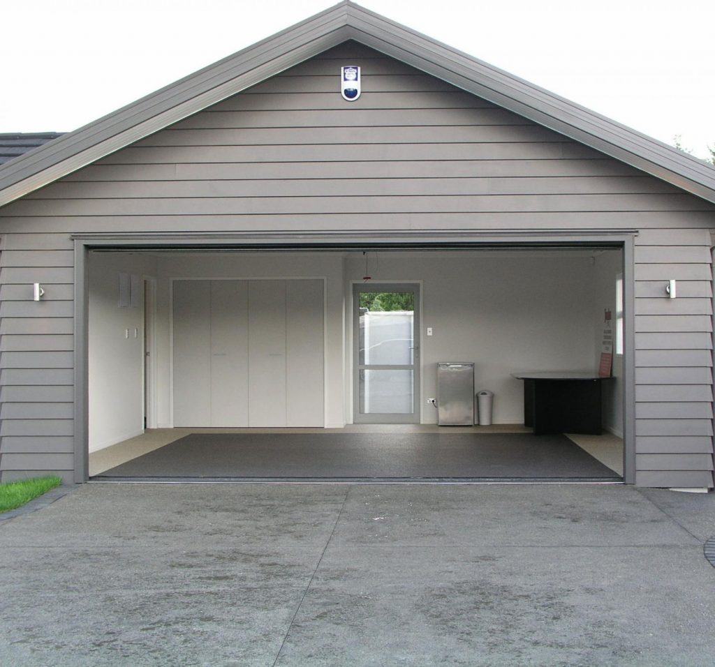 front-view-of-garage-with-epoxy-floor