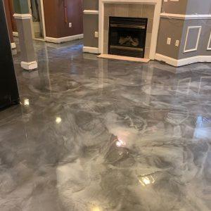 silver-metallic-epoxy-floor